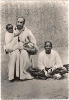 Le Père De Foucauld à Béni-Abbès Avec Paul Bonifa Et Le Petit Abd-Jésus - Ohne Zuordnung