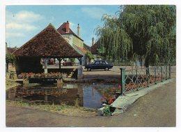 DORNECY --Vieux Lavoir  ( Voiture SIMCA  Aronde P 60  Et Pub ESSO ) - Other Municipalities