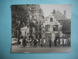 PHOTOGRAPHIE GRAND FORMAT - BRUGES  - Vieille Maison - 1968 -  12,5  X 15,8  Cms - Frandre Occidentale . - Belgique - Lieux