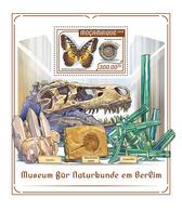 MOZAMBIQUE 2018 - Naturkunde Museum, Dinosaur S/S. Official Issue - Prehistorisch