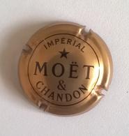 Plaque De Muselet Champagne - MOET ET CHANDON Impérial - Moet Et Chandon