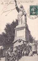 NANTES - La Statue De Ste-Anne Sur Le Haut De L'Escalier Des Cent Marches - Nantes