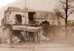 France ? WWII Batiments En Ruine Bombardements Ancienne Photo De Presse 1940's - War, Military