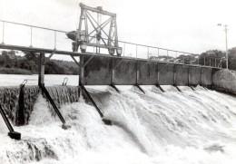 Allemagne? Barrage Temporaire? Riviere Ancienne Photo De Presse 1940's - Other