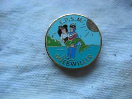 Pin's De L'Association EPSM De La Ville De GUEBWILLER (Dépt 68). Ecole De Plongée Sous-Marine De Guebwiller - Plongée