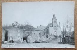 (J865) - Roly - La Place De L'Eglise / Bints Philippeville Carte Postale B 1455 - Philippeville