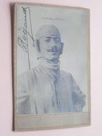 Adolphe Pégoud ( Aviateur / Piloot ) 1889 - 1915 ( Gehandtekend / Signé Photo CABINET ) Zie Foto's ! - Aviation