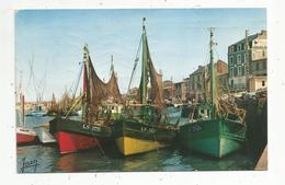 Cp , Bateaux De Pêche , Chalutiers Au Repos Dans Le Port , 85 , LES SABLES D'OLONNE , Voyagée 1964 , Ed. Jean, N° 20027 - Pêche