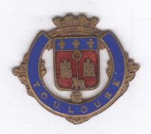Médaillon Métal émaillé Blason De Toulouse ( à Coudre ?  ) - Professionnels / De Société