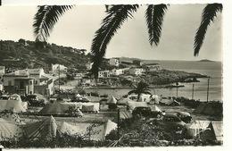 83 - SANARY SUR MER / LE CAMPING ET LA PLAGE DE PORT ISSOL - Sanary-sur-Mer