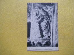 CHARTRES. La Cathédrale. Le Portail Nord. Tobie Ensevelit Les Morts. - Chartres