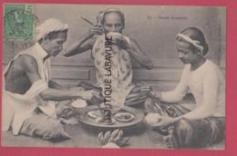 VIET-NAM----TONKIN----INDOCHINE----Repas Annamite--beau Plan - Viêt-Nam