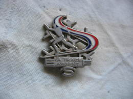 """Broche-Médaille En Argent  """"La Trace"""", Insigne ESF (Ecole De Ski Francais). - Winter Sports"""