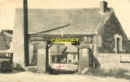 95 Berville, Café Renault, Propriétaires Dans La Cour, Tacot...., Belle Carte Pas Courante - Autres Communes
