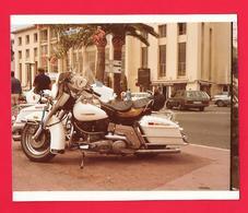 Photo Moto Harley Davidson ??????? - Automobile