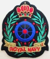 ECUSSON TISSU BRODE NEUF ROYAL NAVY . MARINE ROYALE . ARMEE BRITANNIQUE - Boats