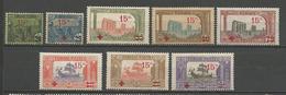 TUNISIE N° 59 à 66 NEUF*  AVEC OU TRACE DE  CHARNIERE TB  / MH - Tunisia (1888-1955)