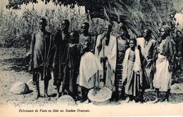 MAURITANIE - FABRICANTS DE VASES EN BOIS AU SOUDAN FRANCAIS - Mauritanie