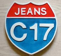 """Plaque Publicitaire En Platre """"Jeans C17"""" - Advertising (Porcelain) Signs"""