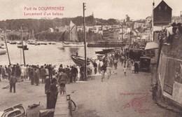 Douarnenez Lancement D'un Bateau (pk49738) - Douarnenez