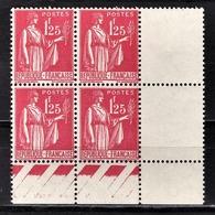 FRANCE 1937 - BLOC DE 4 TP /  Y.T. N° 370  - COIN DE FEUILLE NEUFS** - France