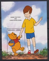2242  Walt Disney - GHANA  ( Winnie The Pooh And Christopher Robin ) - Disney