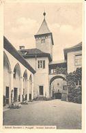 Deutschland - Bade-Wurtemberg - Schloss Eberstein I. Murgtal Innerer Schlosshof - Allemagne