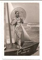 Photo Originale , Souvenir , Femme Habillé En Costume Oriental , Dim. 6.0 X 9.0 Cm - Personas Anónimos