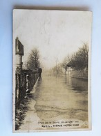 C.P.A. 92 : RUEIL Avenue Victor Hugo, Crue De La Seine 30 Janvier 1910, Timbre En 1913 - Rueil Malmaison