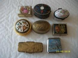 Lot De 8 Petites Boîtes Toutes Différentes - Arte Popolare