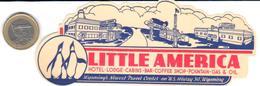 ETIQUETA DE HOTEL    - LITTLE AMERICA  -WYOMING  .-EE.UU. - Hotel Labels