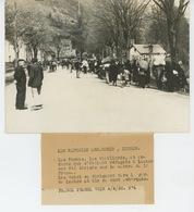 PHOTOS ORIGINALES - 1938 - GUERRE D'ESPAGNE - Les Réfugiés Espagnols à LUCHON - Cliché FRANCE PRESSE - Guerre, Militaire