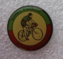 Pin's Cyclisme . Union Cycliste Mauronnaise . Mauron ( 56 Morbihan ) - Cycling