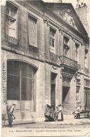 ***  25  ***  BESANCON  Société Générale Petits Métiers (ancien Hotel Terrier ) TTBE Timbrée - Besancon