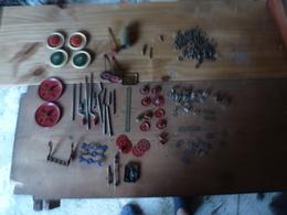 Pièces Vrac MECCANO Avec Trois Petites Boites Vides 2A, 4A  Et  5A  (poids Avant Emballage = 832g) - Meccano