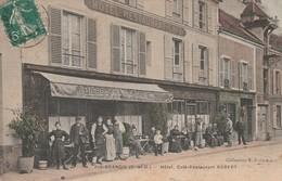 91 - RIS-ORANGIS (S-et-O.) - Hôtel, Café-Restaurant ROBERT - Animée. - Ris Orangis