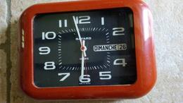 BAYARD VINTAGE - HORLOGE DE CUISINE MURALE QUARTZ RECTANGLE - Plastique Brun  - 27x20x4cm Fonctionne - - Clocks