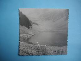 PHOTOGRAPHIE PETIT FORMAT  -  SAMOENS - 74 -  Lac De Gers  -  1961  - 8,6  X 11 Cms  -  Haute Savoie - Samoëns