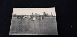 Cp 52 LOUZE ( Marne ) La Fenaison / Scène Agriculture Attelage De Chevaux Habitation église - Autres Communes