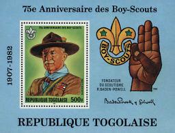Ref. 38882 * NEW *  - TOGO . 1982. 75th ANNIVERSARY OF THE SCOUTS. 75 ANIVERSARIO DEL ESCULTISMO - Togo (1960-...)