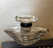 """Flacon  """"TRESOR """"de LANCOME  Eau De Parfum 100 Ml VIDE (pas Vapo) - Bottles (empty)"""