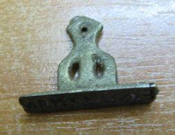AC -  VINTAGE CASTING IRON SEAL SEALING STAMP #4 - Seals