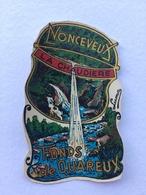 """NONCEVEUX """" LA CHAUDIÈRE """" FOND DE QUAREUX . Décalcomanie  Ancienne , Année 50 ( Luma). - Stickers"""