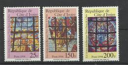 Cote Ivoire 936/38 Vitraux Basilique Nôtre Dame De La Paix  ** MNH - Vetri & Vetrate