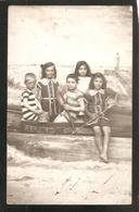 BELLE CARTE PHOTO - LE GRAU DU ROI -- MER - ENFANTS - Baigneur -PHOTO - MONTAGE - SUREALLISTE - Le Grau-du-Roi