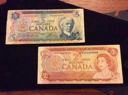 2 Billet 5 Et 2 Dollars Canadiens - Canada