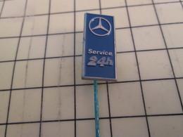 Pas Pin's Mais BROCHE / THEME AUTOMOBILE : MERCEDES SERVICE 24 H - Mercedes