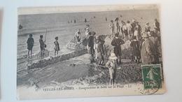 VEULES LES ROSES  (76)  Construction De Sable Sur La Plage - Veules Les Roses
