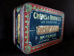 """Boite Lithographié Box Cookie Gateau CREPES DENTELLES """"Les DELICIEUSES"""" Madame TANGUY Quimper Bretagne Finistère C1932 ! - Other"""