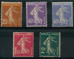France (1927) N 235 à 239 * (charniere) - France